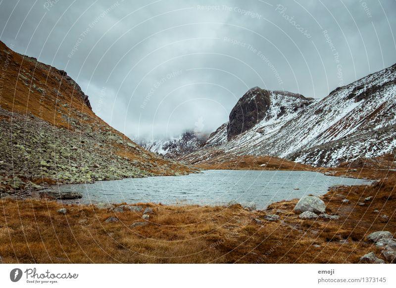 warm&kalt Umwelt Natur Landschaft Wolken Klima Wetter schlechtes Wetter Unwetter Alpen Berge u. Gebirge Gipfel Moor Sumpf See bedrohlich dunkel Schweiz Pass