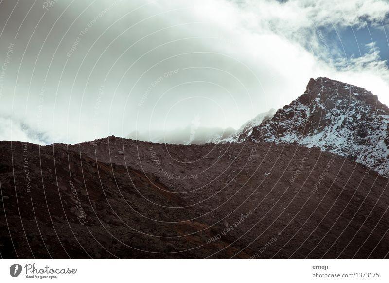 Mondlandschaft Umwelt Natur Landschaft Klima Klimawandel Unwetter Wind Sturm Nebel Hügel Felsen Alpen Berge u. Gebirge Gipfel Schneebedeckte Gipfel