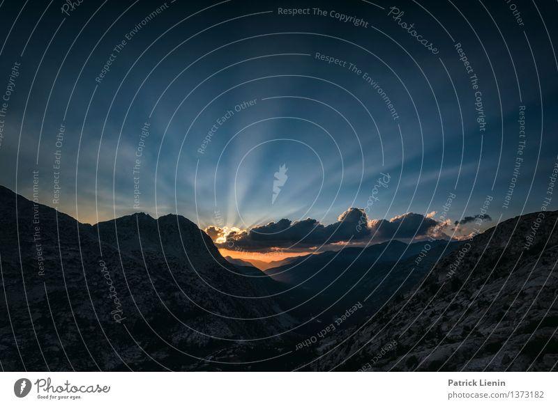 From dusk til dawn Himmel Natur Ferien & Urlaub & Reisen Erholung Landschaft Wolken ruhig Ferne Wald Berge u. Gebirge Umwelt Felsen Zufriedenheit Wetter