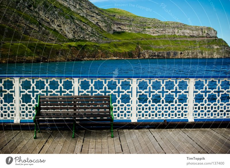 Llandudno Wasser Himmel Meer Strand Ferien & Urlaub & Reisen ruhig Einsamkeit Erholung Landschaft Küste Felsen Bank Steg Zaun Anlegestelle England