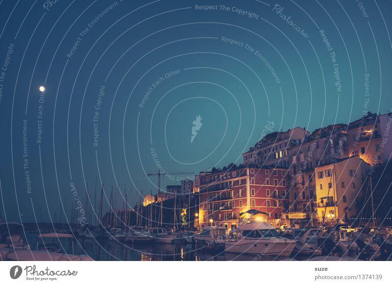 Einen Mond in jedem Hafen Himmel Ferien & Urlaub & Reisen Stadt blau Haus Leben Beleuchtung Wasserfahrzeug Tourismus Idylle Romantik historisch Frankreich