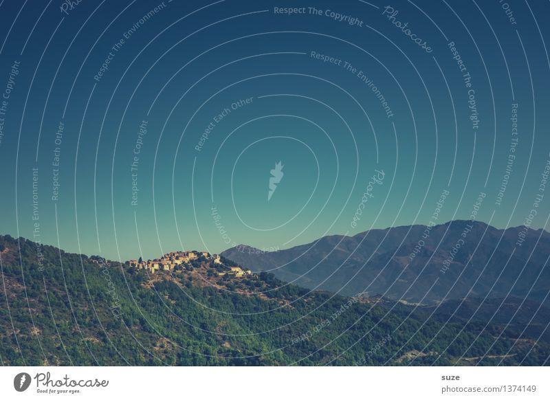 Dorf übern Kamm Himmel Natur Ferien & Urlaub & Reisen Sommer Landschaft Einsamkeit Ferne Wald Berge u. Gebirge Zeit Freiheit Horizont Erde Luft Abenteuer