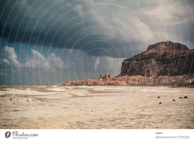 Bedecke deinen Himmel, Zeus! Ferien & Urlaub & Reisen Tourismus Strand Berge u. Gebirge Gemälde Umwelt Natur Landschaft Wolken Unwetter Sturm Küste Hafenstadt