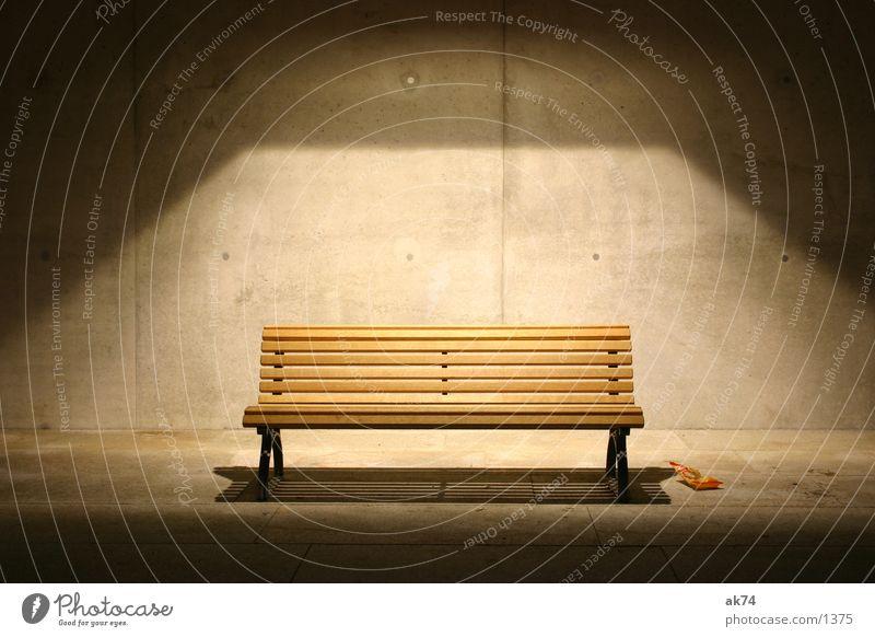 Bank ruhig Einsamkeit Lampe Architektur Beton
