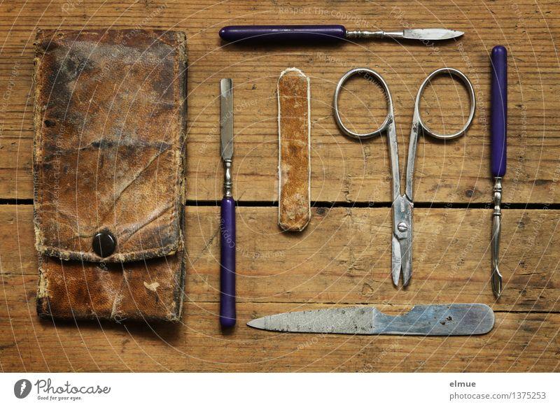 Starterset fürs Froilein Körperpflege Maniküre Pediküre nagelfeile Schere alt authentisch einfach historisch braun schön Reinlichkeit Sauberkeit Tradition