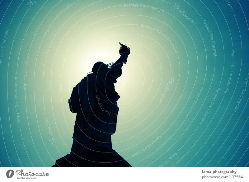 Himmlische Freiheit New York City Manhattan Amerika Symbole & Metaphern Wahrzeichen Gegenlicht Kunst Sightseeing Statue Sonne Silhouette graphisch Denkmal