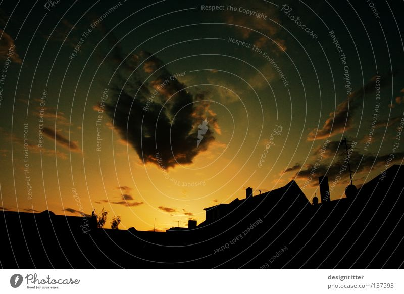 Stille danach Himmel Sonne Stadt ruhig Haus Wolken Erholung Zufriedenheit Wind Wetter Bauernhof fantastisch Sturm Fantasygeschichte angenehm