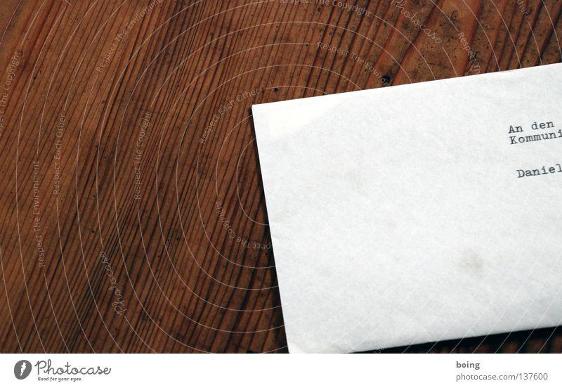 Brief Adressat Briefumschlag Kommunist Kommunismus Tisch Post Schreibmaschine Briefkasten SMS Information Einladung Dienstleistungsgewerbe Kommunizieren Anden
