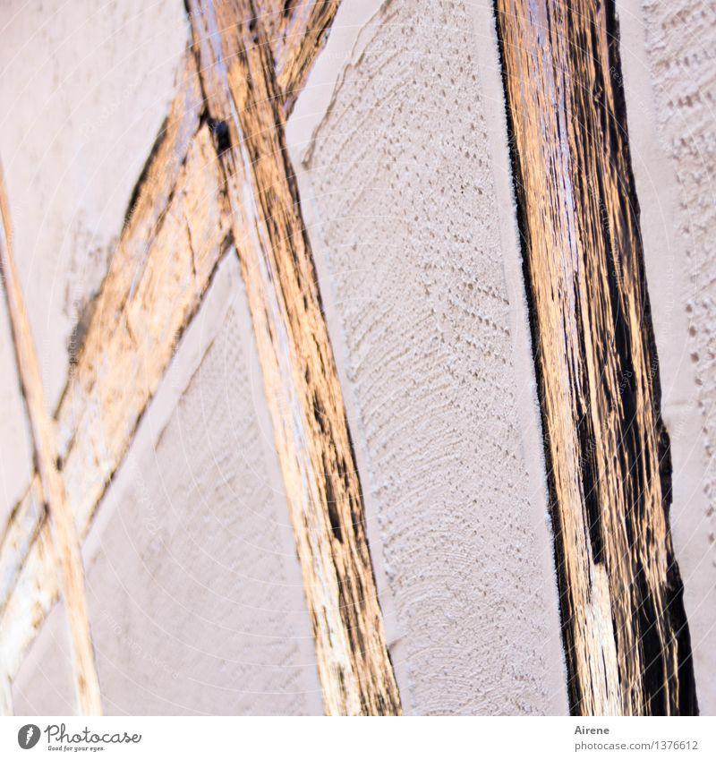 Fassade XI Handwerker Zimmerer Baustelle Haus Mauer Wand Fachwerkfassade Balken Putz verputzt Holz Backstein Zeichen Schriftzeichen Ziffern & Zahlen Kreuz Linie