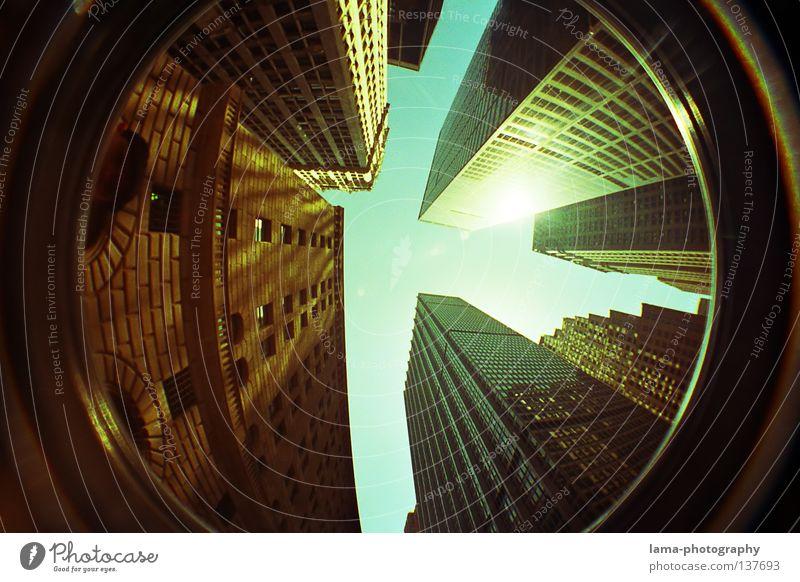 Touch the sky New York City Manhattan Amerika Hochhaus Haus Bürogebäude Fischauge rund Weitwinkel analog Panorama (Aussicht) USA häuserschluchten hoch Niveau