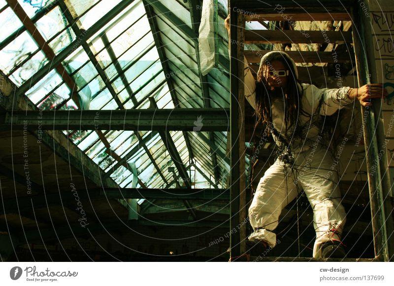 TAPE 3000 - HIPHOPMIXTAPE II Mensch Mann Jugendliche Freude Einsamkeit Erholung Wand Graffiti Freiheit Haare & Frisuren springen Mauer Stil Beine Luft Kunst