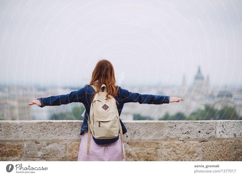 frei sein Ferien & Urlaub & Reisen Jugendliche Sommer Junge Frau Erholung ruhig Ferne Leben Lifestyle Spielen Freiheit Tourismus Zufriedenheit Freizeit & Hobby