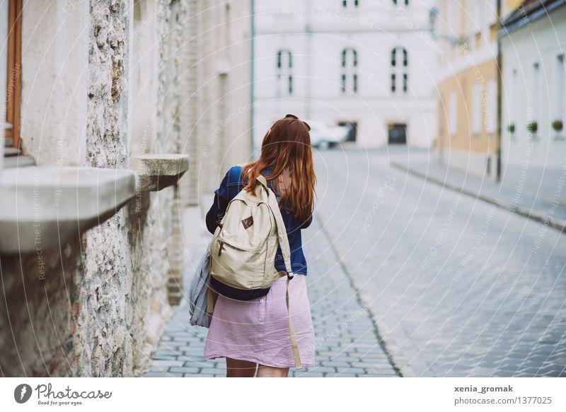 Abenteuer Mensch Ferien & Urlaub & Reisen Jugendliche Sommer Junge Frau Erholung Freude Ferne 18-30 Jahre Erwachsene Leben Lifestyle Freiheit Tourismus