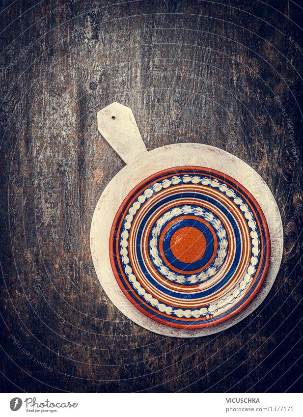 Leere rustikale Teller auf weißem Schneidebrett Haus Speise Essen Stil Hintergrundbild Holz Design Dekoration & Verzierung Ernährung leer Tisch