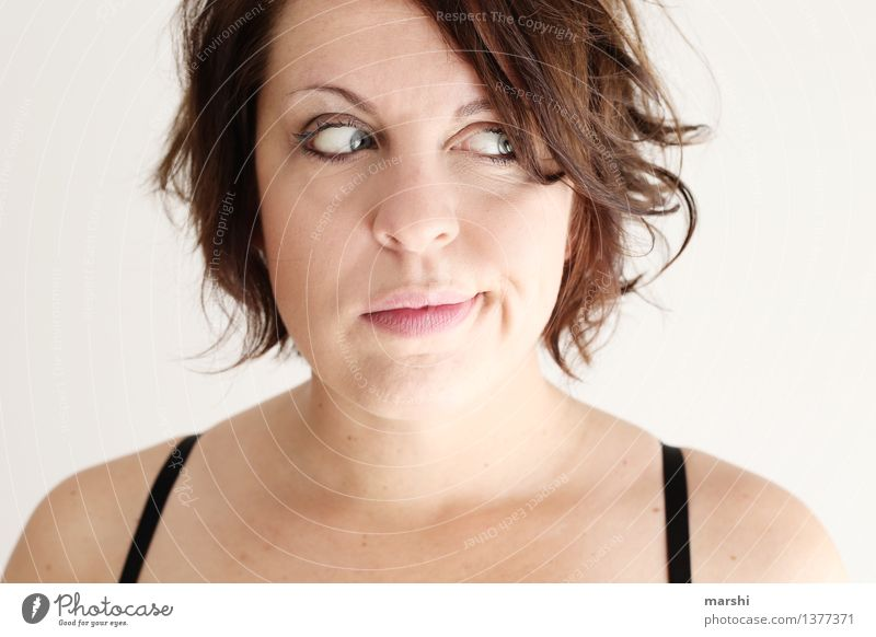 Problem & Fragezeichen Mensch feminin Junge Frau Jugendliche Erwachsene 1 30-45 Jahre Gefühle Stimmung unsicher nachdenklich dunkelhaarig Gesicht