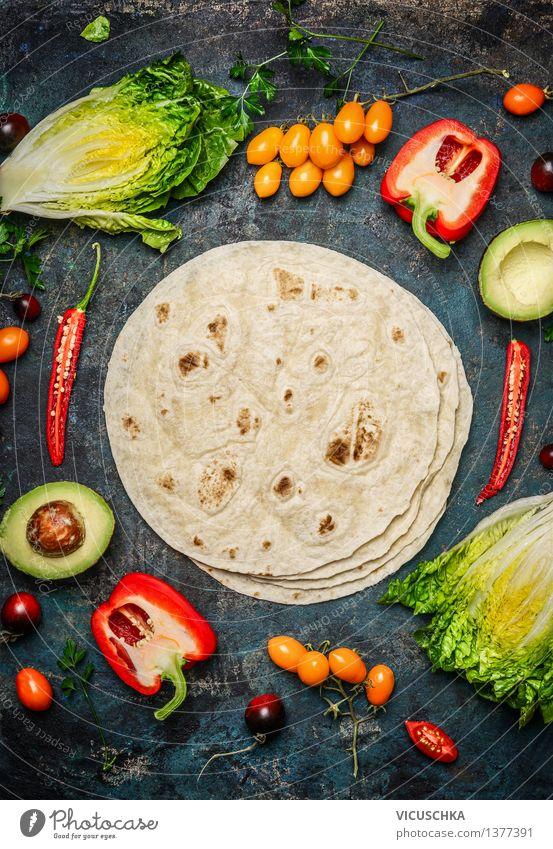 Vegetarische Zutaten für Tacos oder Burritos machen Lebensmittel Gemüse Salat Salatbeilage Ernährung Mittagessen Festessen Picknick Bioprodukte