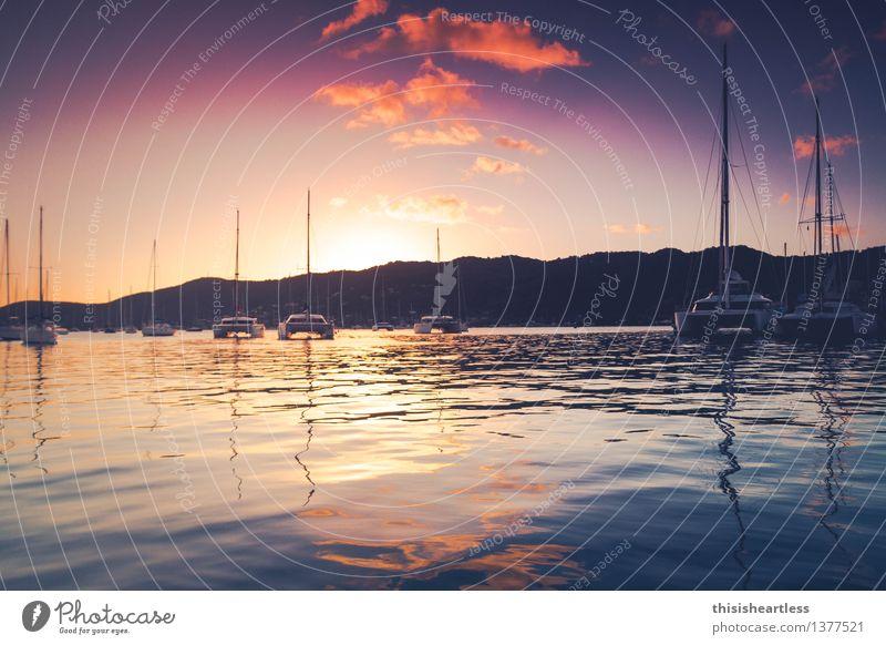 Lila Wolken Ferien & Urlaub & Reisen Sonne Meer Insel Segeln Wasser Sonnenaufgang Sonnenuntergang Sommer Schönes Wetter Bucht Fjord Schifffahrt Sportboot Jacht
