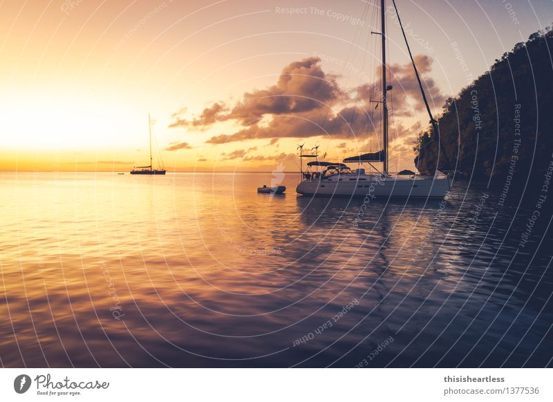 Sundowner Lifestyle Ferien & Urlaub & Reisen Sommerurlaub Meer Insel Wassersport Segeln Küste Bucht Fjord Schifffahrt Sportboot Jacht Segelboot Segelschiff