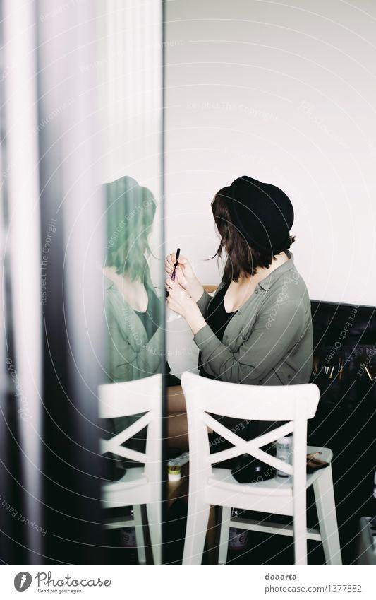 Freude Wärme Leben feminin Stil Lifestyle Stimmung Design wild elegant einfach niedlich Stuhl trendy Hut harmonisch
