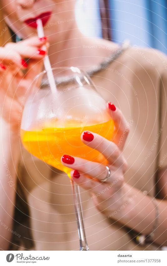 schön Freude Leben feminin Stil Lifestyle Feste & Feiern Freiheit Stimmung Party Design wild elegant Glas Fröhlichkeit Getränk