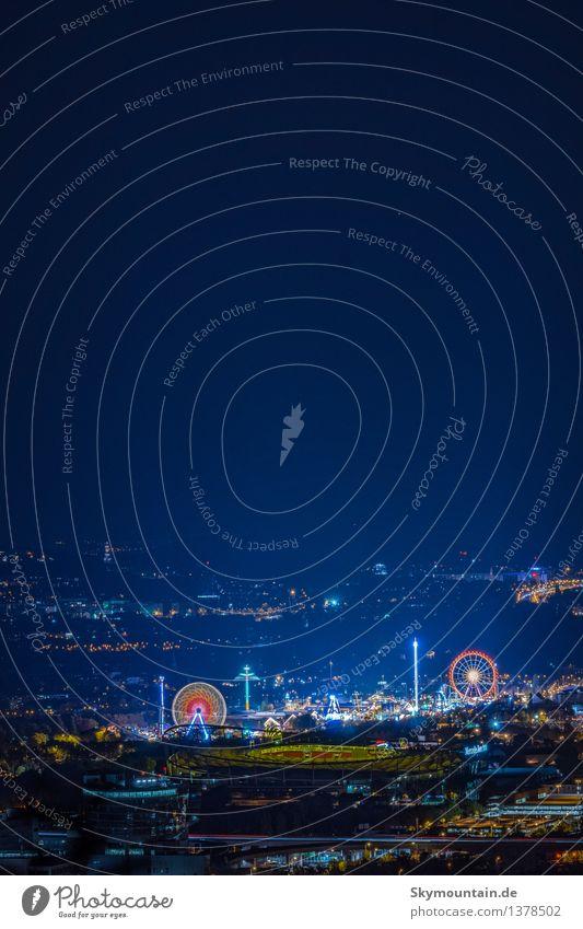 Wasen bei Nacht Mensch blau rot Freude schwarz Essen Stil Lifestyle Feste & Feiern Design elegant Musik Tanzen genießen Geld Veranstaltung