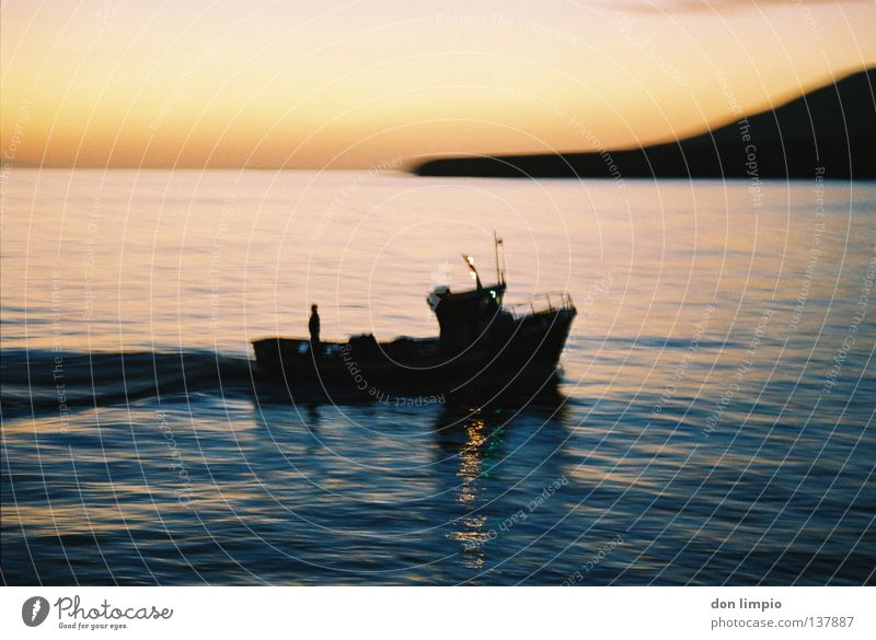 ein tag geht zu ende Bewegung Wasserfahrzeug analog Schifffahrt Fuerteventura