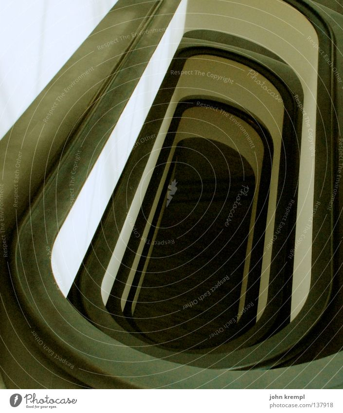abwärts Rom Treppengeländer Vatikan heilig Tempel Vatikanische Museen schwarz weiß Speiseröhre Hölle unten modern ewige stadt Leiter