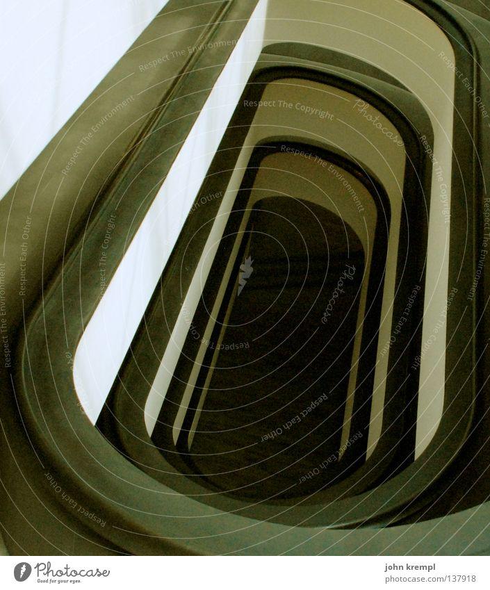 abwärts weiß schwarz Treppe modern Treppengeländer unten Museum Leiter heilig Rom Hölle Tempel Päpste Vatikan Speiseröhre
