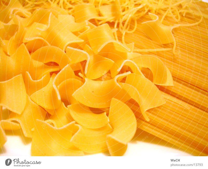 Pasta 1 Ernährung Nudeln Spaghetti kochen & garen farvalle Farbfoto Studioaufnahme Nahaufnahme Detailaufnahme Makroaufnahme