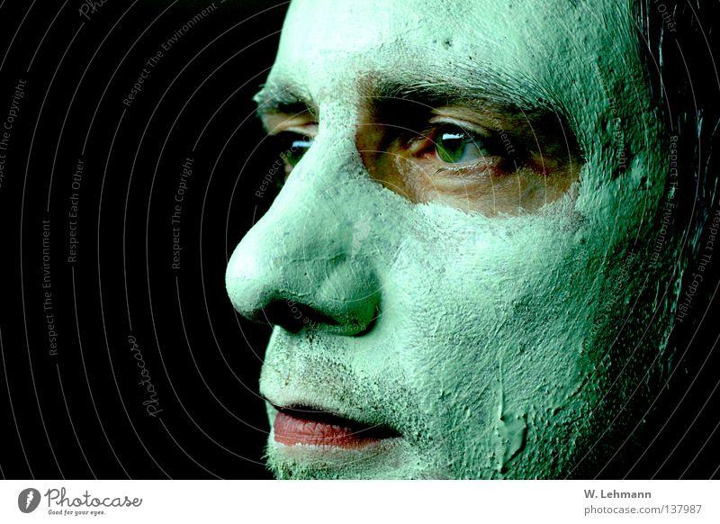 Maske 2 Mann grün rot Auge Mund Wärme Nase Lippen Physik Vergänglichkeit Glätte matschig Gesichtsmaske Grüner Daumen Grüne Mauer
