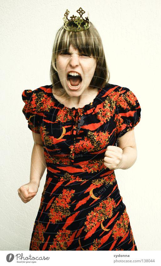 Ich bin nicht lieb! Märchen König Erzählung Verhalten beleidigt böse Frau grimmig Wut Gefühle Kleid Gesichtsausdruck Grimasse Reaktionen u. Effekte dumm Projekt