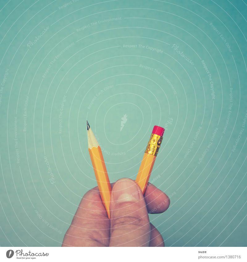 Was war zuerst da ... blau Hand lustig Stil klein Schule Business Arbeit & Erwerbstätigkeit Design Büro paarweise Beginn Kreativität Spitze Finger Studium