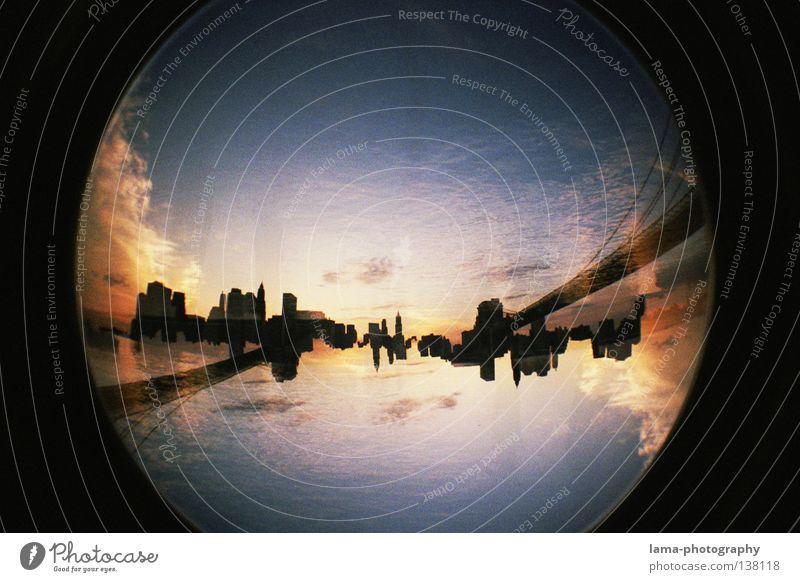 skyline² Wasser Stadt Wolken Haus Hochhaus groß Kreis Fluss rund USA Fischauge Kugel analog Skyline Lomografie Amerika