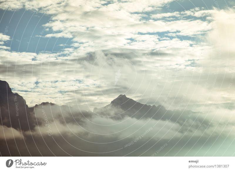 Traumwelt Himmel Natur Wolken Berge u. Gebirge Umwelt außergewöhnlich Wetter Klima Gipfel Alpen verträumt Klimawandel
