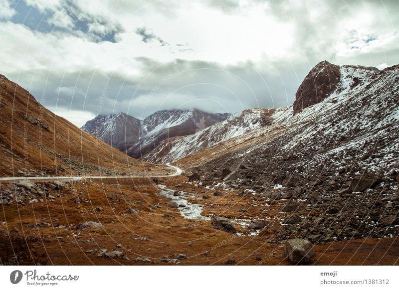 Pass Natur Landschaft Berge u. Gebirge Umwelt Herbst natürlich außergewöhnlich Wetter Feld Tourismus Klima Hügel Alpen Schweiz Pass