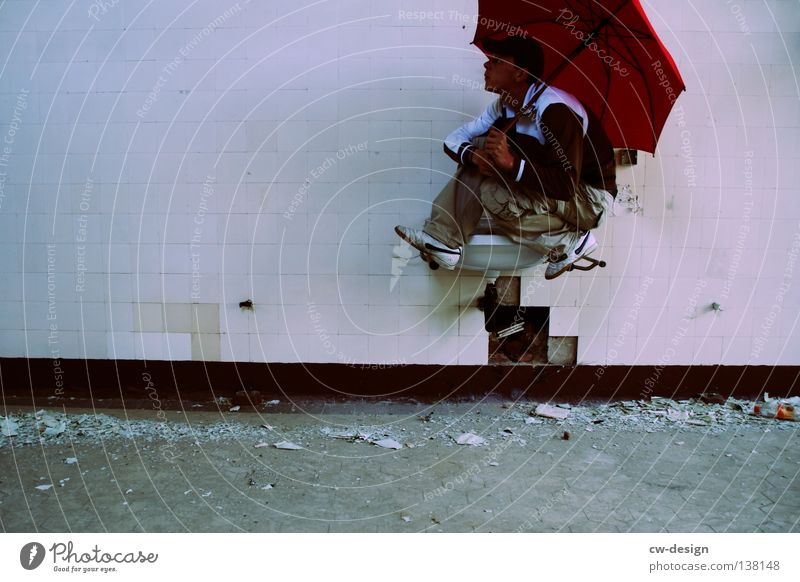 SITZENBLEIBER Mensch Mann Jugendliche weiß rot Freude Einsamkeit Erwachsene grau Traurigkeit Denken Kunst Junger Mann braun Regen sitzen
