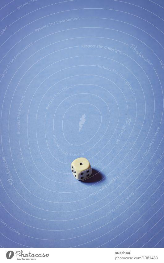 1 Würfel Würfelspiel Spielen Punkt blau Glücksspiel Spielsucht