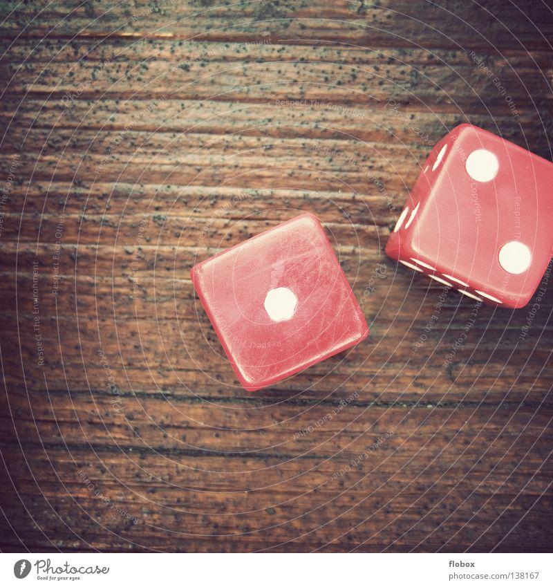 Kroatien : Deutschland Spielen Gesellschaftsspiele Brettspiel Zufall Symbole & Metaphern Ziffern & Zahlen Würfelspiel Kniffel Glücksspiel Backgammon 1 2