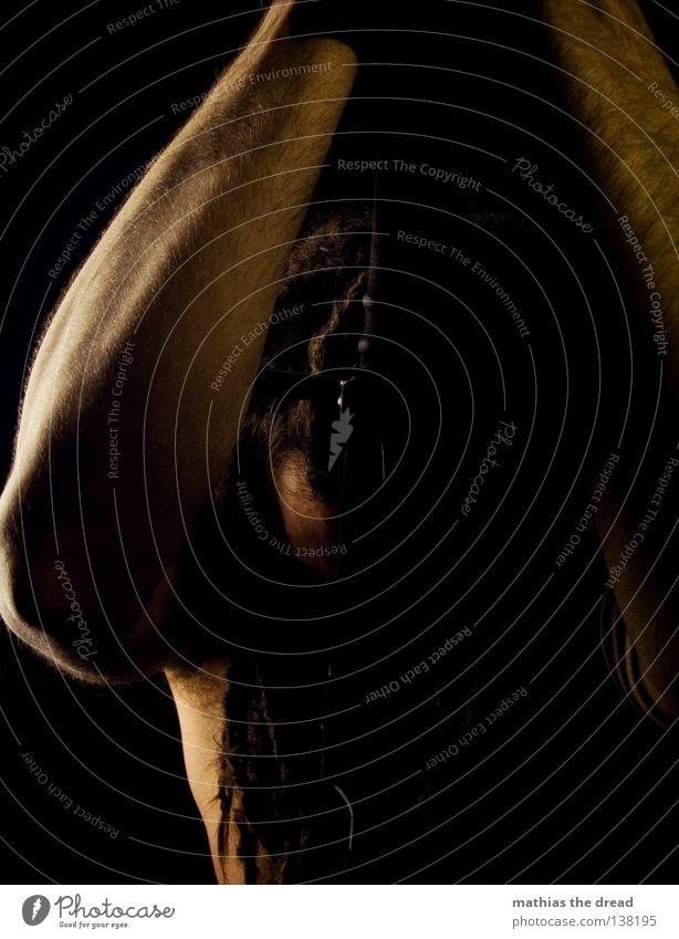 500 FOTOS... Mann schwarz dunkel Haare & Frisuren klein Stil Linie Beleuchtung Kraft Angst Wildtier Arme Erfolg Macht Flügel
