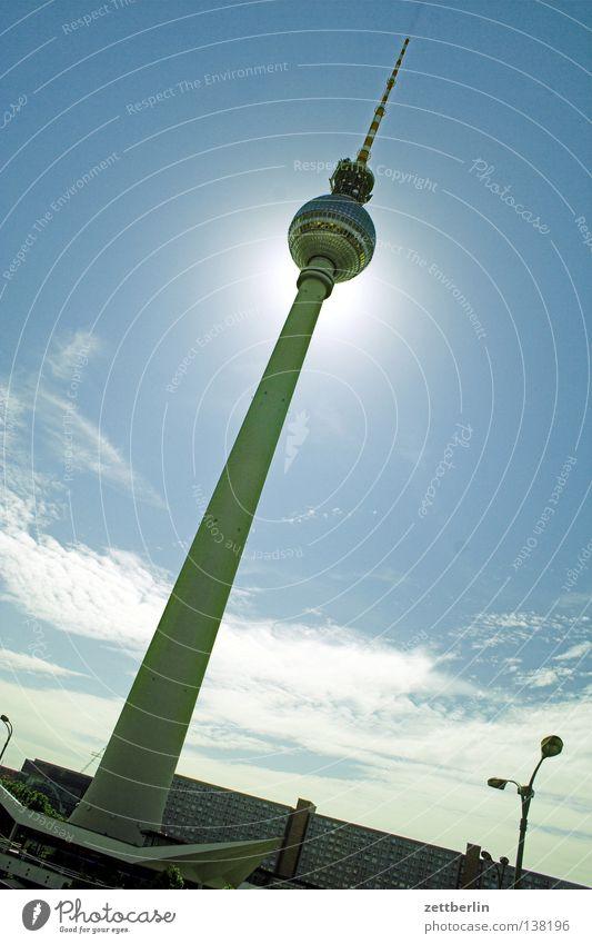 Eindeutig Ferne See Architektur Berliner Fernsehturm Turm alex Sonne Himmel