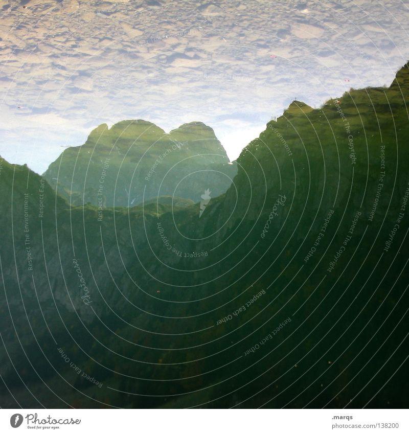 Alpinismus See nass Hügel alpin steinig Gewässer besteigen Ferien & Urlaub & Reisen Macht träumen Spiegel Schleier Reflexion & Spiegelung Freizeit & Hobby