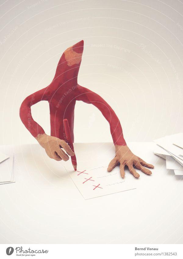sparkurs Schreibwaren Papier Zettel Schreibstift hell sparen lustig Knetmasse Figur rotstift Kreuz streichen Schreibtisch Spitze Farbfoto Studioaufnahme Tag