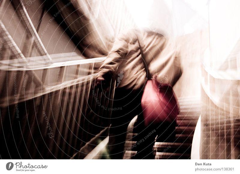 HH08 - Aufstiegskampf Mensch Freude lustig lachen Beleuchtung springen liegen Luft Regen sitzen stehen mehrere hoch Perspektive Herz Ausflug