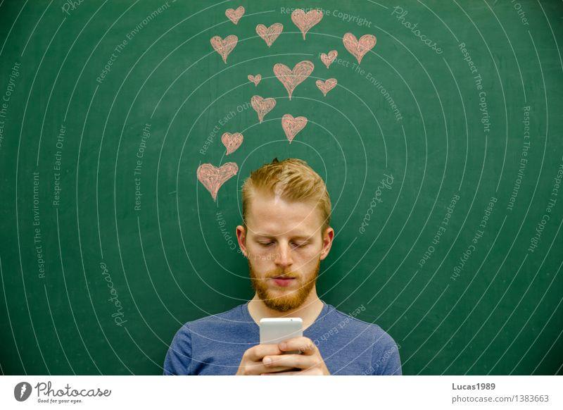 Liebesnachricht Mensch Jugendliche Mann grün rot Junger Mann 18-30 Jahre Erwachsene Schule Freundschaft maskulin lernen Herz Studium Romantik