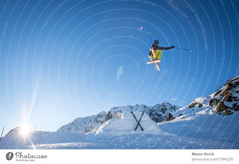 Mutegrab Sport Wintersport Skifahren Skier Freestyle Free-Ski Skipiste Umwelt Natur Himmel Wolkenloser Himmel Sonne Sonnenlicht Schönes Wetter Eis Frost Schnee