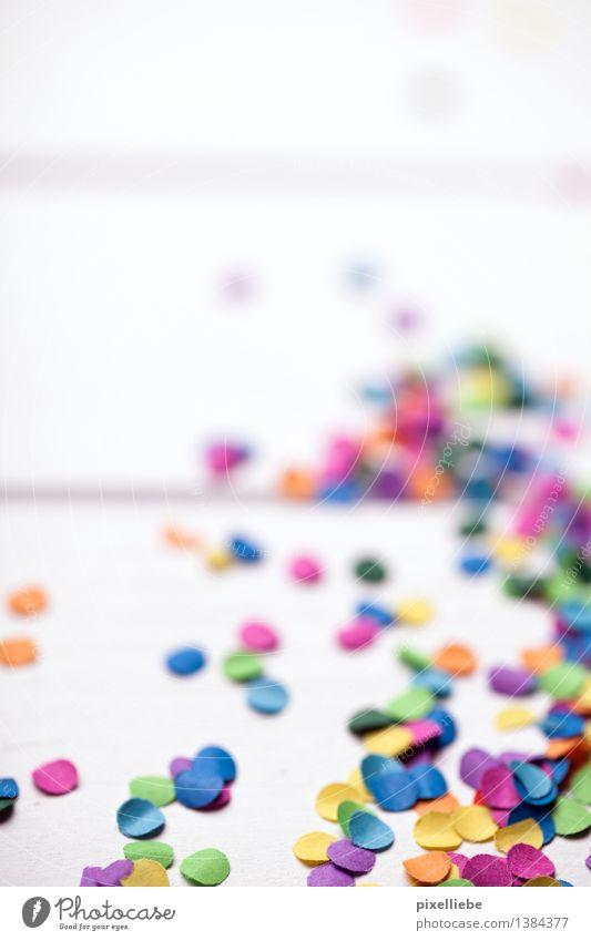 Der Morgen danach... Freude Holz Feste & Feiern Lifestyle Party hell Dekoration & Verzierung Geburtstag Tanzen Tisch Papier Boden Hochzeit Show Veranstaltung