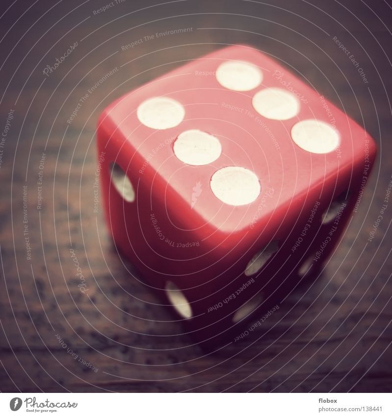6 Tore werden fallen! Spielen Gesellschaftsspiele Brettspiel Zufall Symbole & Metaphern Ziffern & Zahlen Würfelspiel Kniffel Glücksspiel Backgammon 2