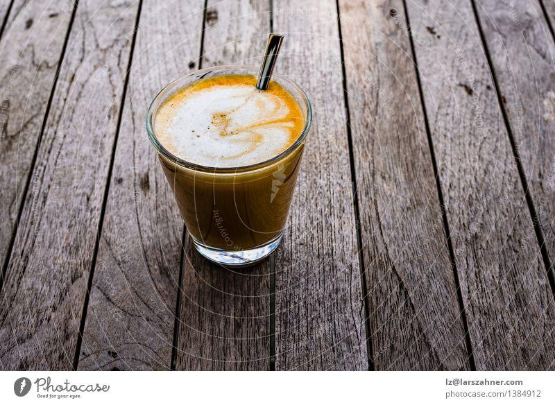 Frisch zubereiteter spanischer Cortado dunkel schwarz braun frisch Aussicht Tisch Getränk Kaffee heiß Frühstück Café Top aromatisch Löffel rustikal Koffein