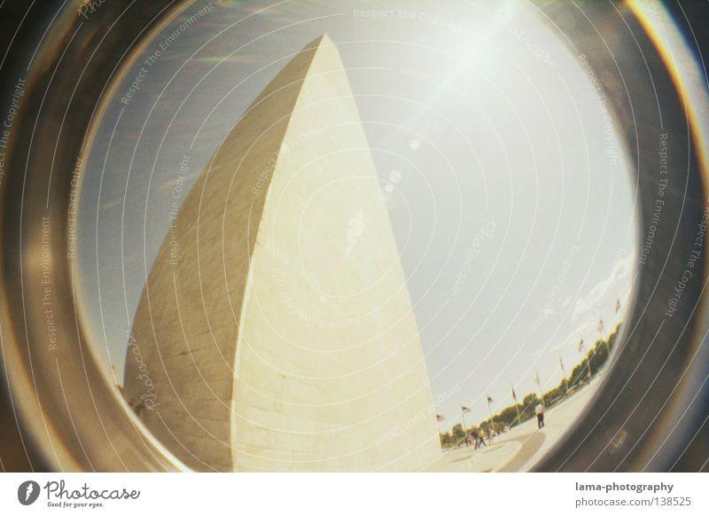 Egypts Land? Amerika USA Kunst Wahrzeichen Statue Washington DC Gegenlicht Macht Hochhaus Ägypten Fischauge rund Momentaufnahme Weitwinkel Waschmaschine analog
