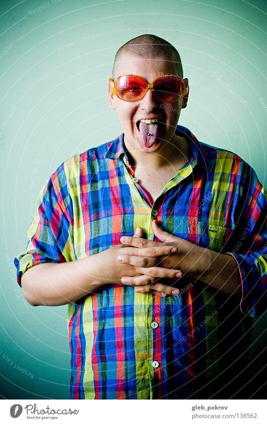 colored =) Mann Hand blau Freude Farbe Wand Mauer hell Raum Hintergrundbild Finger Bekleidung modern T-Shirt Brille Körperhaltung